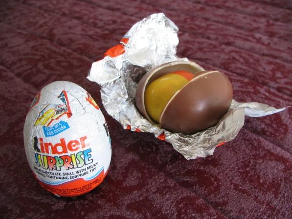 08_kinder_egg